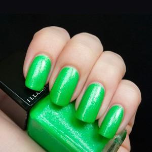 ILLAMASQUA PARANORMAL uv glow nail varnish omen