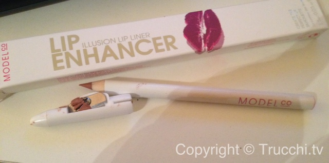 model co lip enhancer illusion lip liner