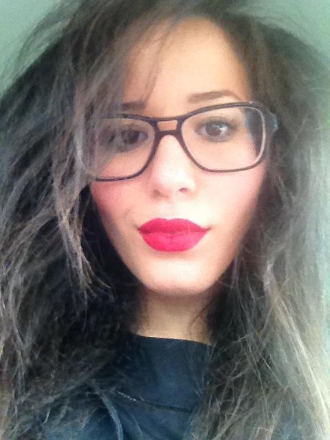 Lipstick Mac RiRi-Woo Rihanna Hearts Mac Cosmetics