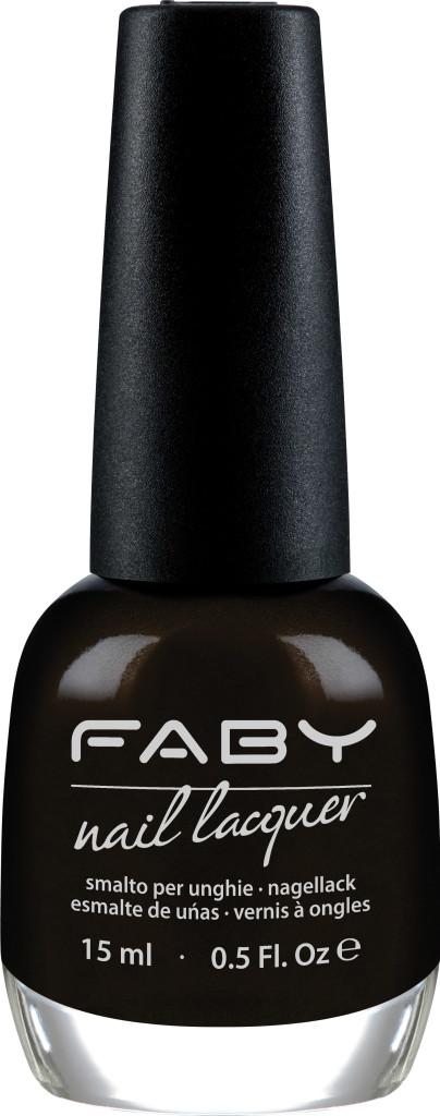 Faby It's not black. It's dark.