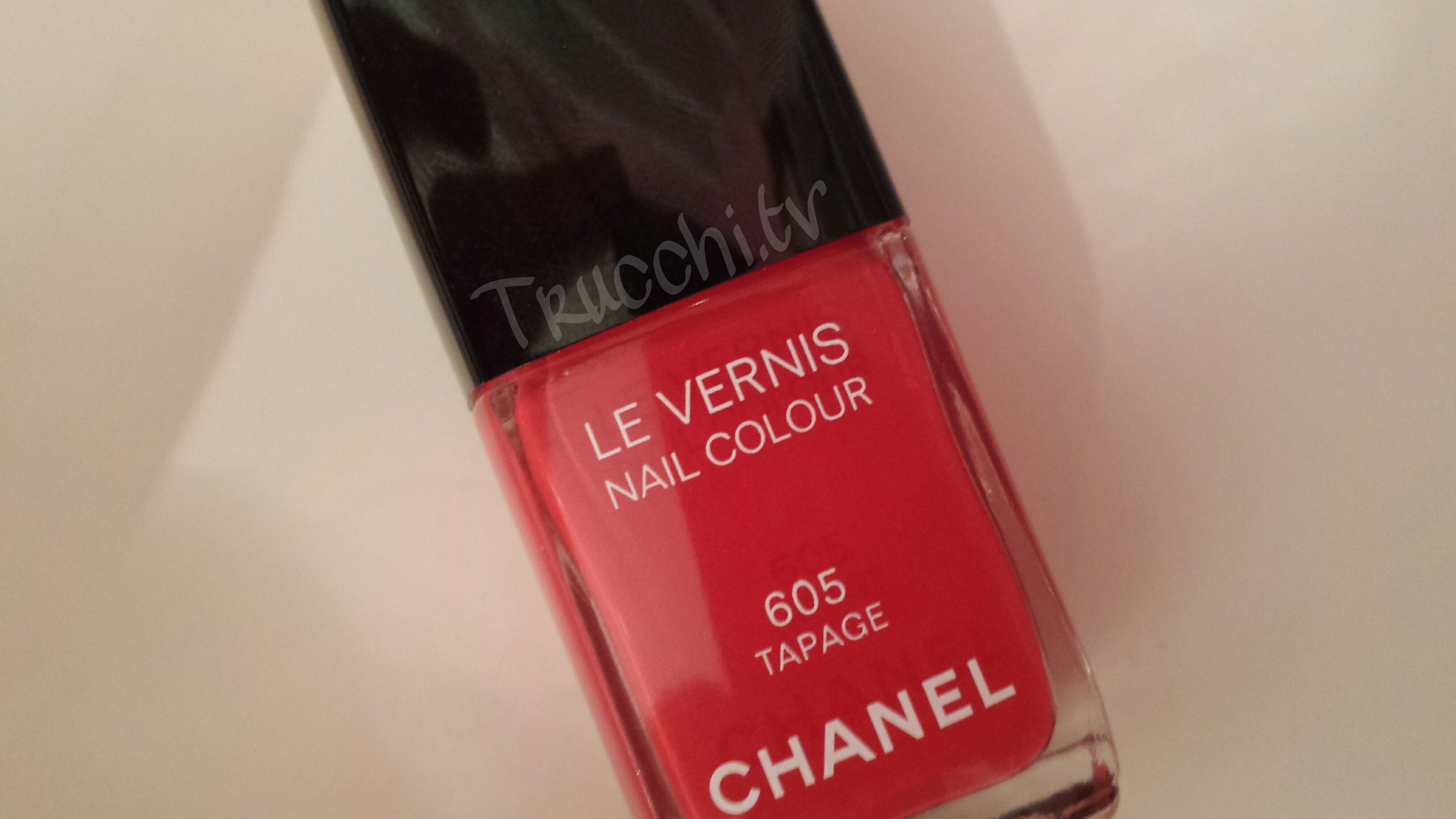 chanel le vernis nail colour tapage review