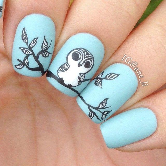 Nail art con gufo