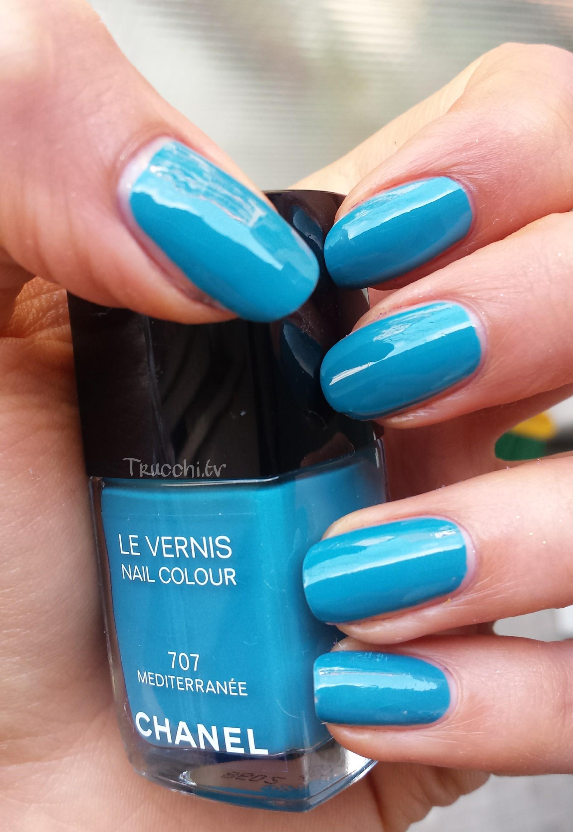 Review le vernis nail colour Chanel 707 Mediterranee