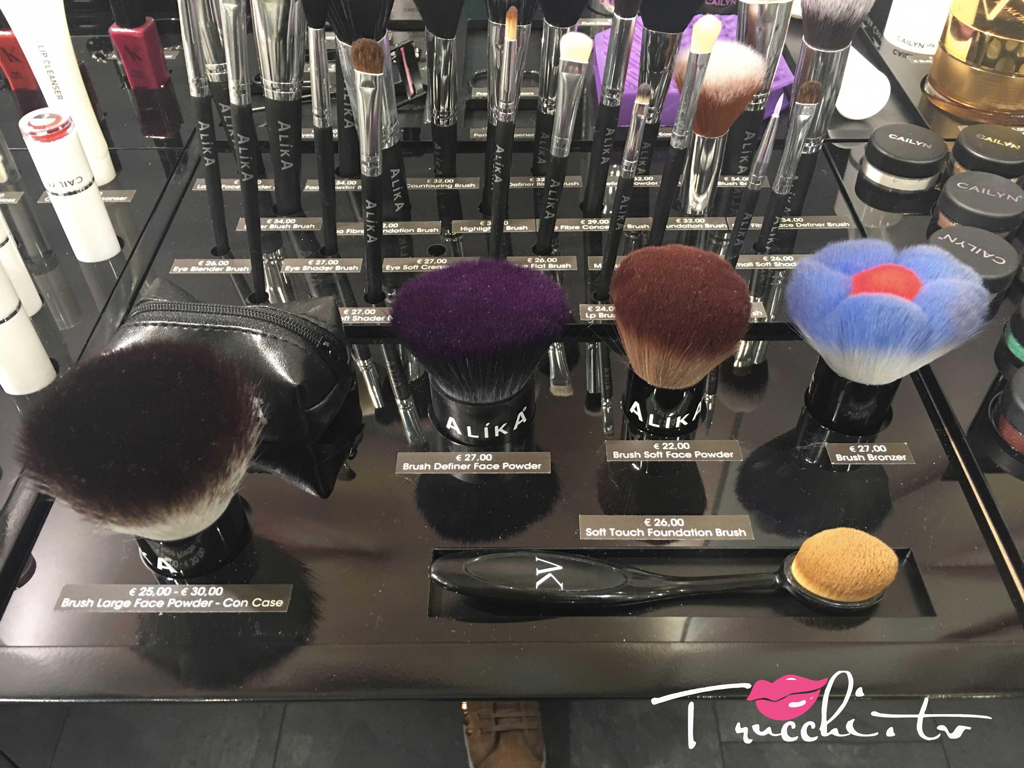 Nuovo negozio Alika Cosmetics Pennelli Viso Professionali
