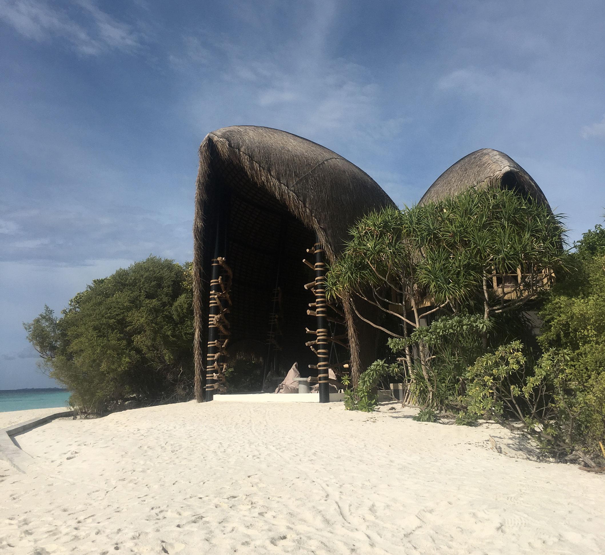 Maldive Dhigali Resort - Haali Bar