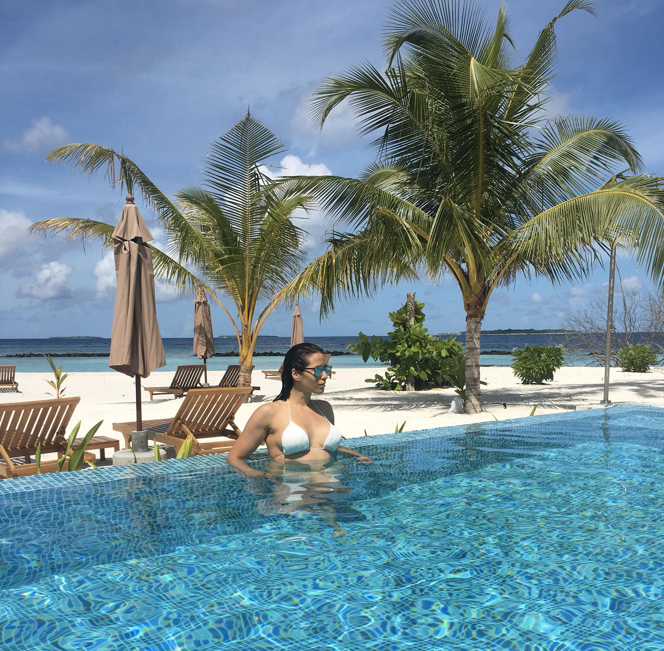 Maldive Dhigali Resort - Piscina